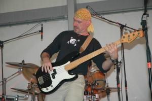 photo of Trane Francks playing bass